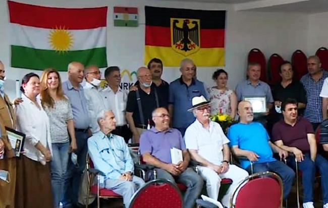 Yekem Xelata nivîskar û helbestavanê Kurd Qedrî Can hat dayîn