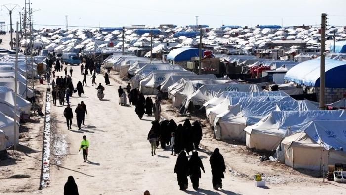 Neteweyên Yekbûyî ji bo Kampa Holê banga çareseriyeke lezgîn kir