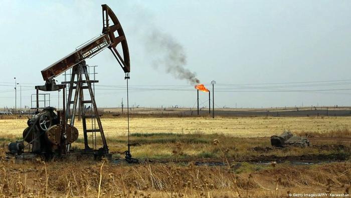 Rûsya û Îranê petrola Dêrazorê ya Sûriyê li hev parve kirine