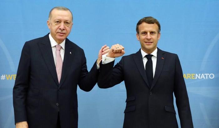 Macron: Erdogan vekişandina çekdar û milîsên biyanî ji Libyayê qebûl kir