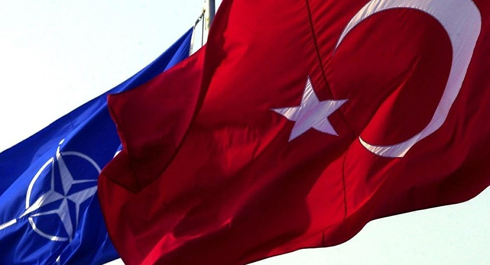 Fransız vekiller: Türkiye, NATO'dan çıkarılsın