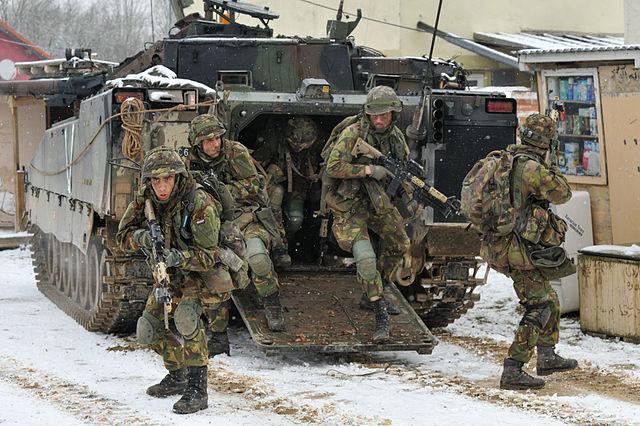 Hollanda: Kürdistan'daki askerlerin görev süresi uzatıldı
