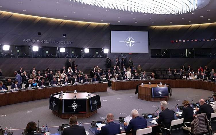 NATO üyesi 29 ülkenin bakanları Rojava için toplanıyor