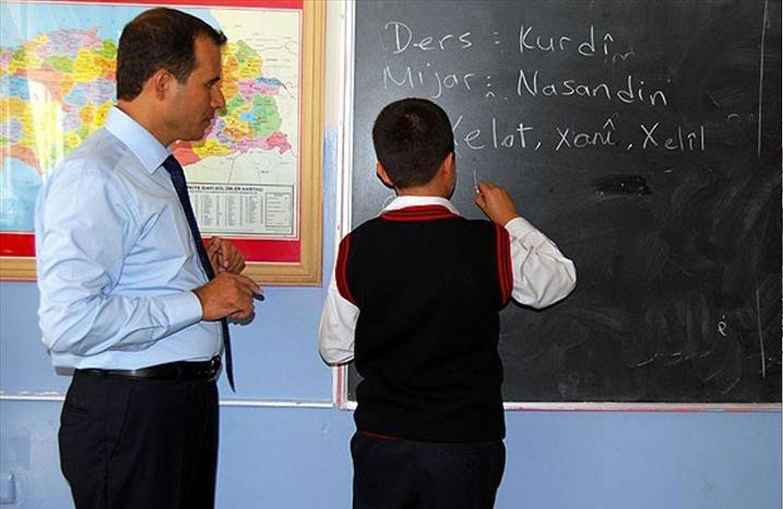 Islık Diline yer verildi Kürtçe'ye verilmedi!