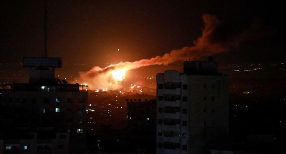 İsrail Gazze'de birçok hedefe saldırı düzenledi