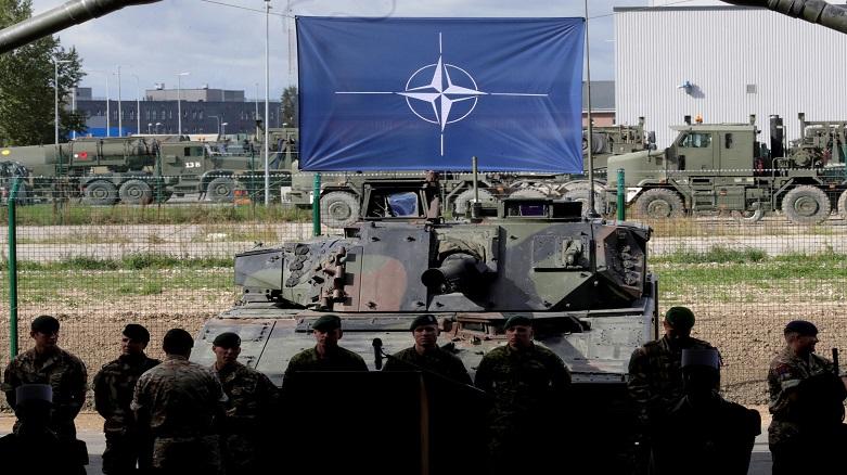 NATO: Irak'ta askeri personelin yerleri değiştirildi