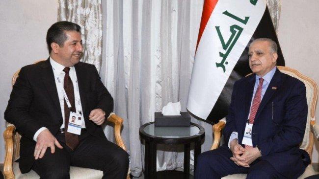 Barzani: Anayasaya bağlı olursa destekleriz