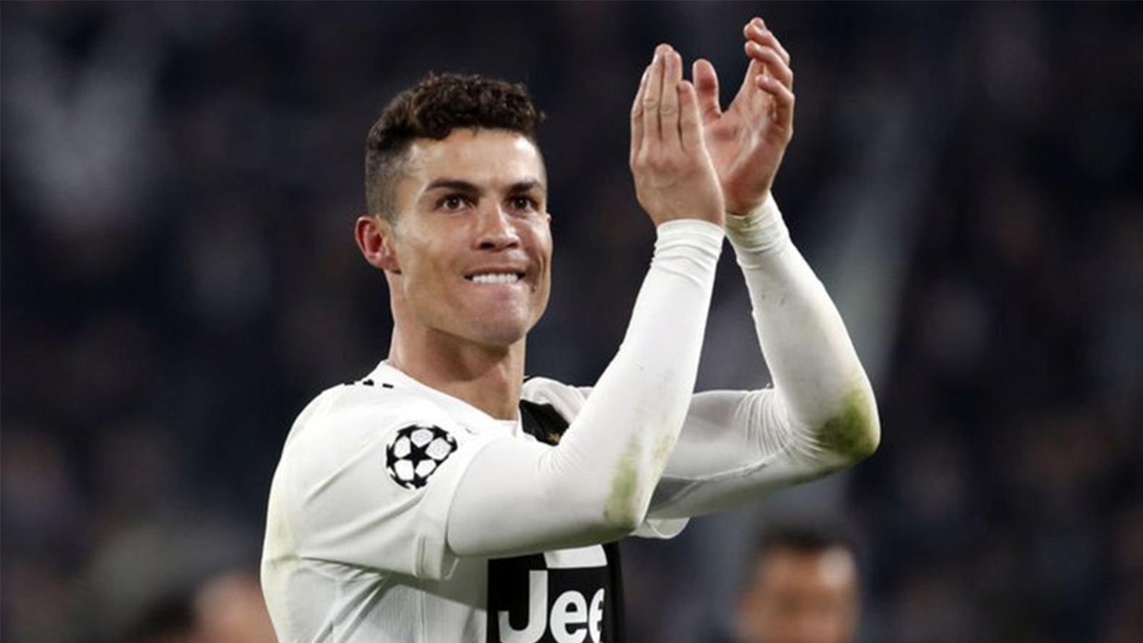 Ronaldo bir rekora daha imza attı