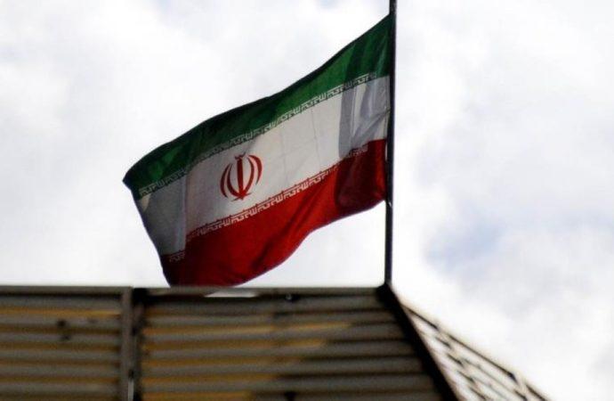 İran, savunma bakanlığı çalışanını idam etti