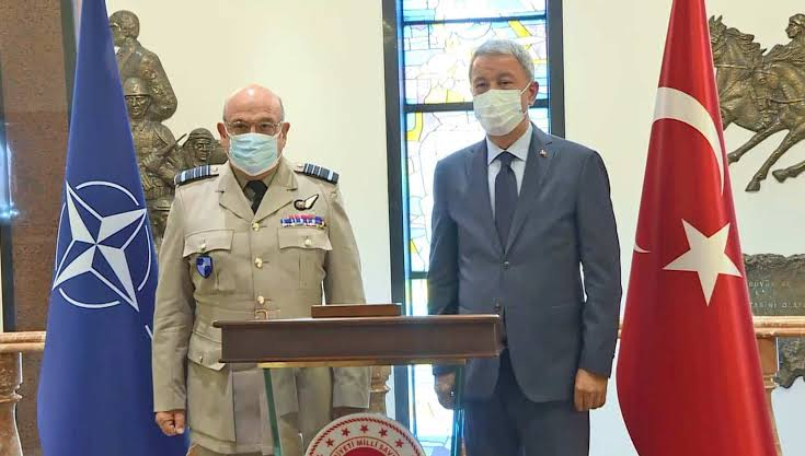 Akar, NATO Askeri Komite Başkanı ile görüştü