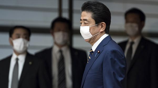 Şinzo Abe istifasını açıklayacak