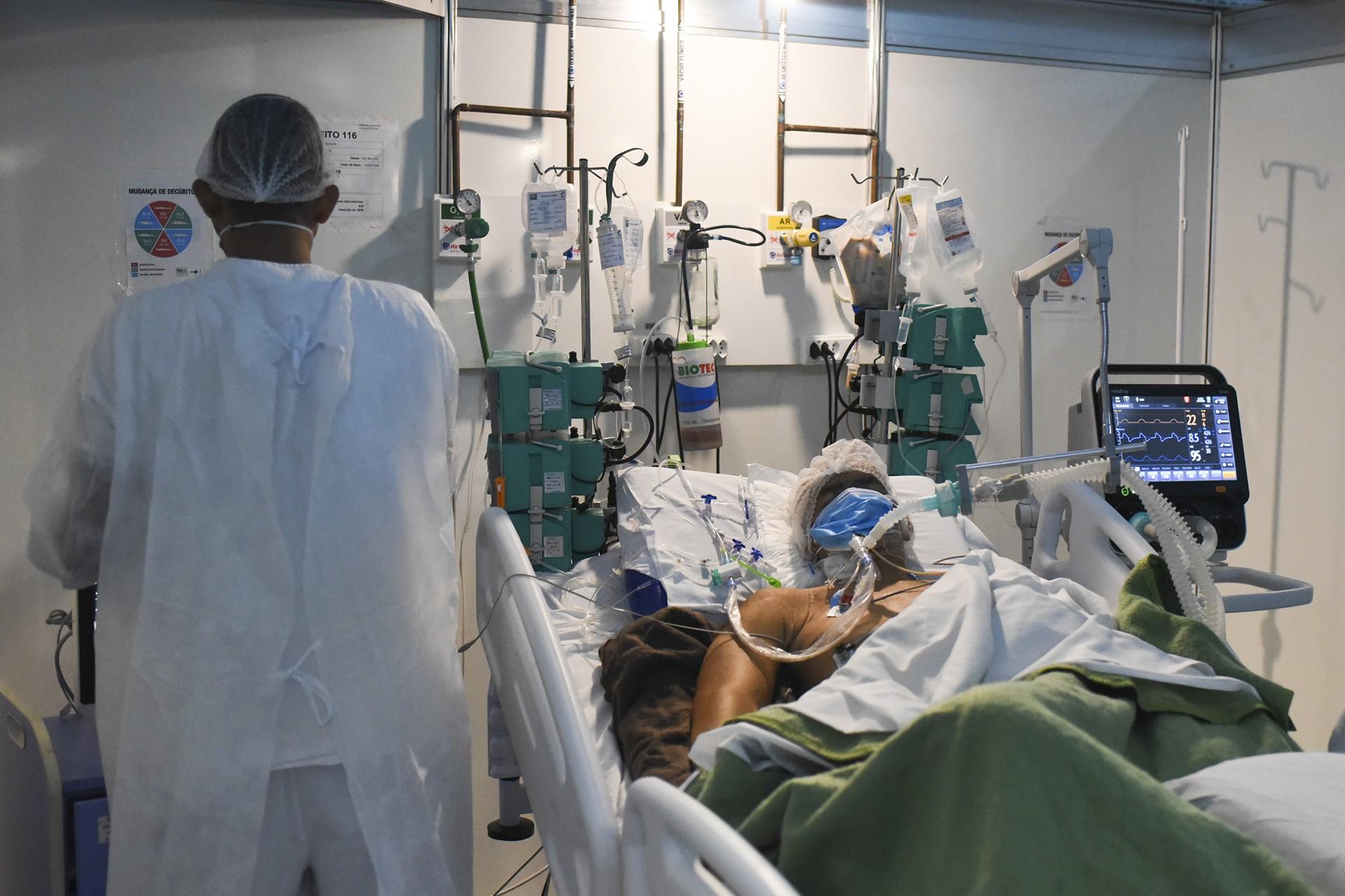 İngiltere: Koronavirüs sonsuza kadar sürecek