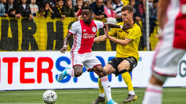 Ajax, rakibini 13-0 mağlup etti
