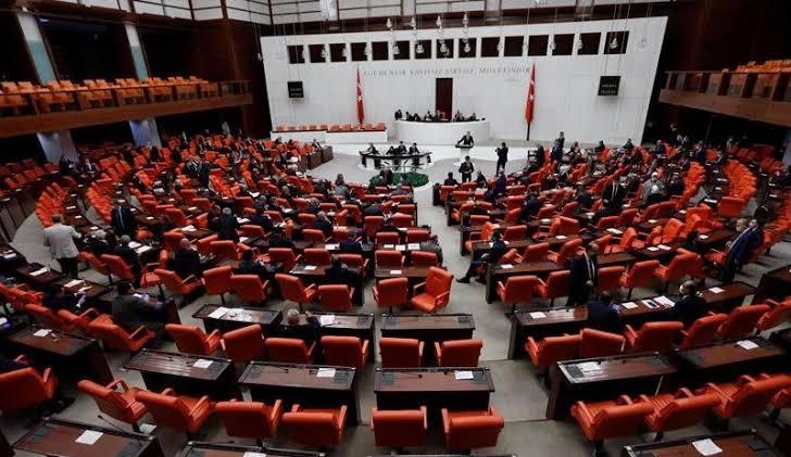 HDP'li 11 vekilin dokunulmazlık fezlekesi TBMM'ye gönderildi
