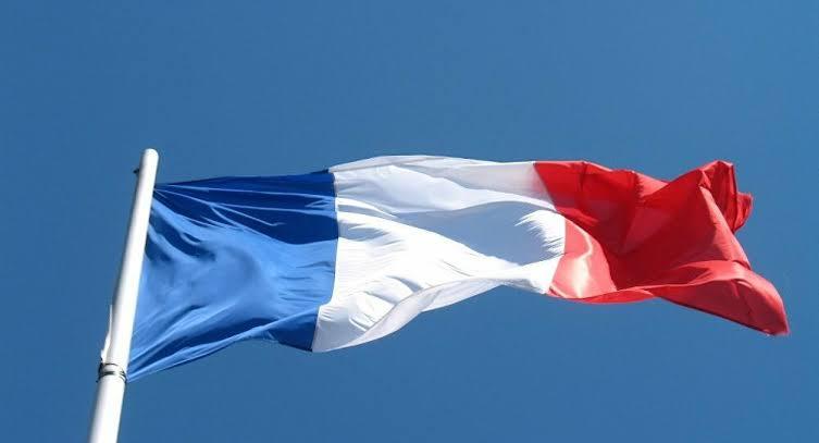 Fransa: Boyun eğmeyeceğiz