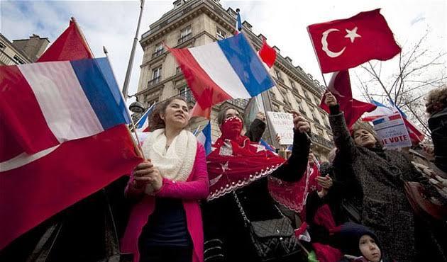 Fransa'dan vatandaşlarına Türkiye uyarısı