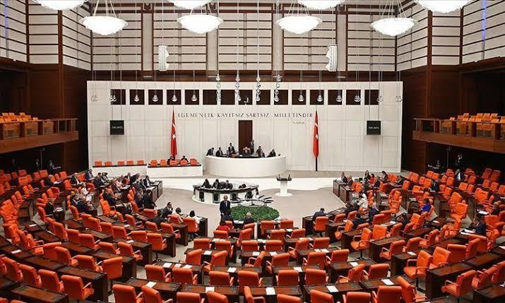 HDP'nin anadil talebi meclis tarafından işleme alınmadı