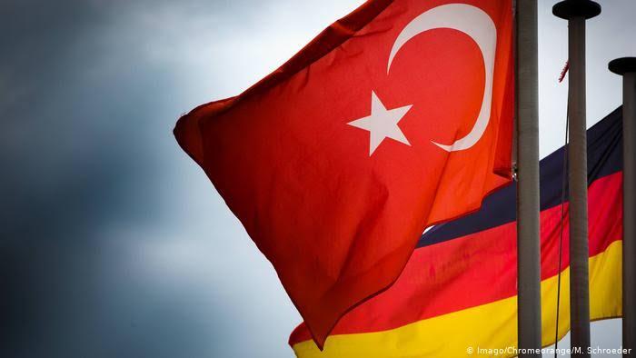 Alman Dışişleri Bakanlığı'nın Türkiye raporu: İfade özgürlüğü iptal