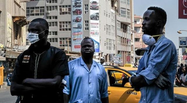 Afrika ülkesi Gabon'dan virüse karşı zafer ilanı!