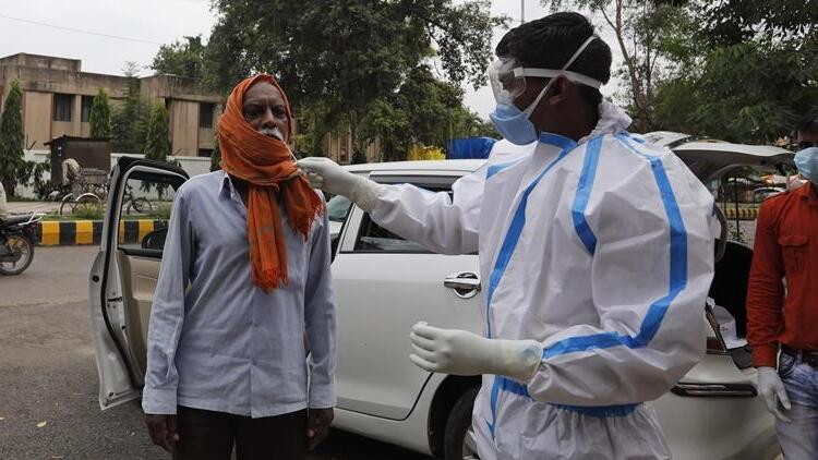 Çin, virüsün Hindistan'dan yayıldığını iddia etti!