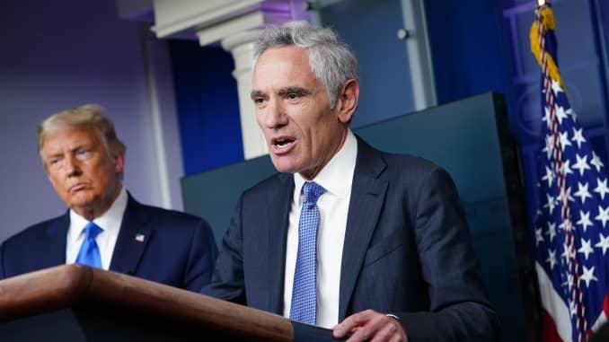 Trump'ın Kovid-19 Danışmanı istifa etti
