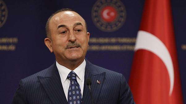 Çavuşoğlu: ABD, Türkiye'ye yaptırım uygulayamaz!