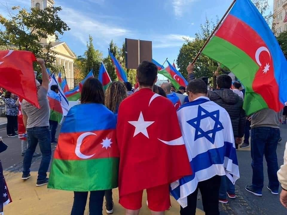 """""""Azerbaycan, Türkiye-İsrail ilişkilerini normalleştirmek için arabuluculuk yapıyor"""""""