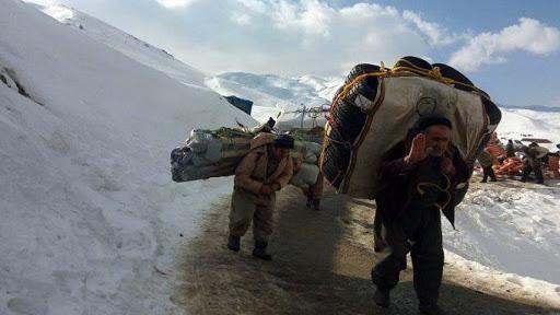 İran güçlerinden Kürt kolberlere saldırı!