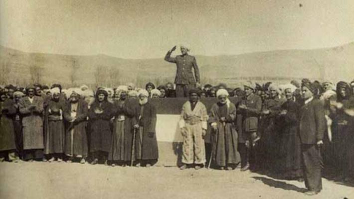 Bugün, Mahabad Kürdistan Cumhuriyeti'nin 75'inci kuruluş yıl dönümü!