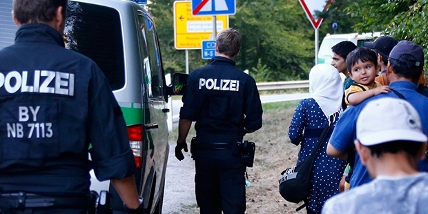 Almanya, yeni yılla beraber Suriyelileri sınır dışı edecek