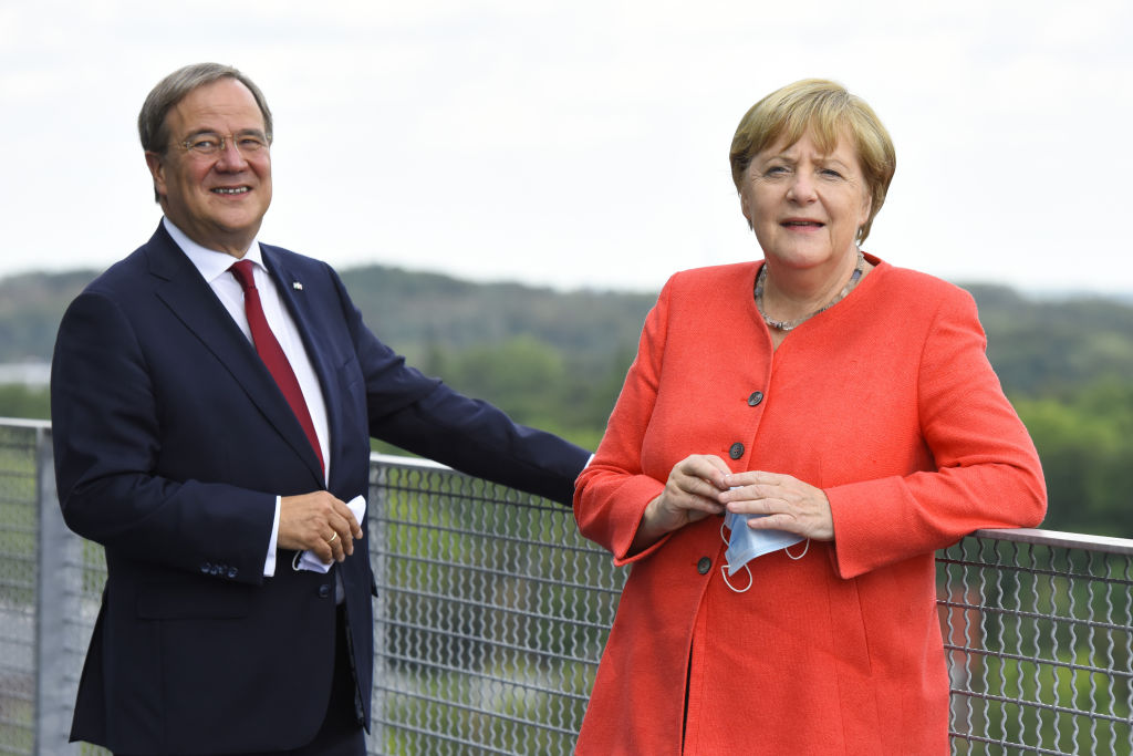 Armin Laschet Merkel'in Partisi CDU'nun yeni lideri seçildi!