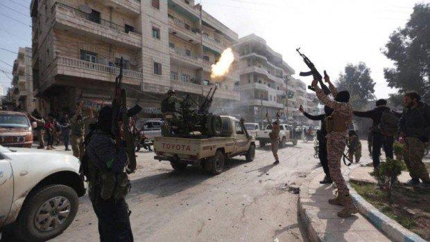 Afrin: Türkiye destekli gruplar arasında çatışma