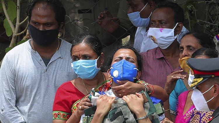 Pfizer, Hindistan'da Kovid-19 aşısı için acil kullanım başvurusu yaptı