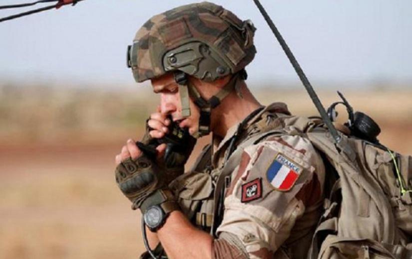 Fransız askerlere bombalı saldırı!