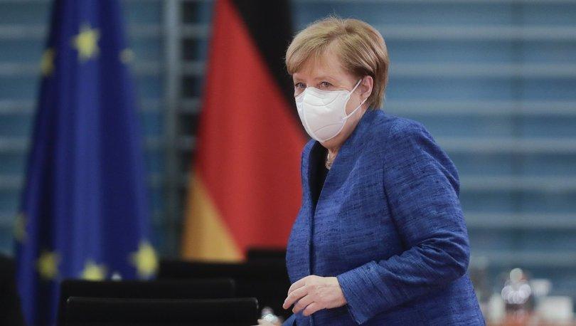 Merkel'den Kovid-19 açıklaması: Almanya ikinci dalgayı atlattı!