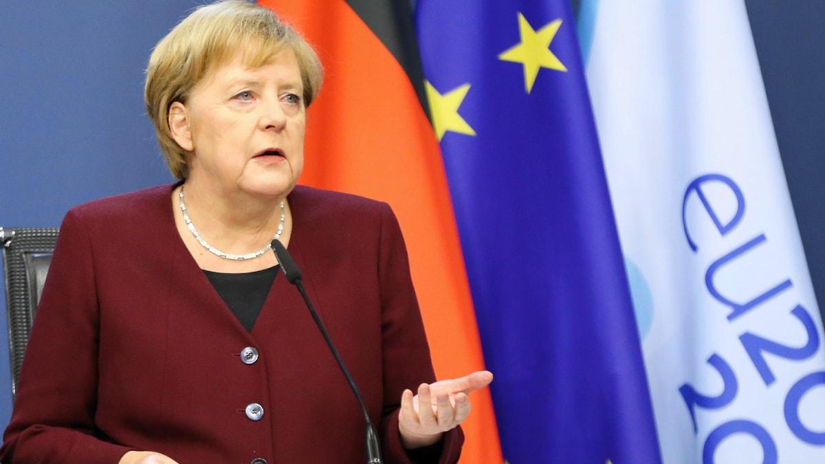 AB liderler zirvesi öncesi Merkel'den Türkiye'ye uyarı!