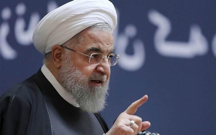 Ruhani: Terörist Trump'ın ayrılmasından memnunuz