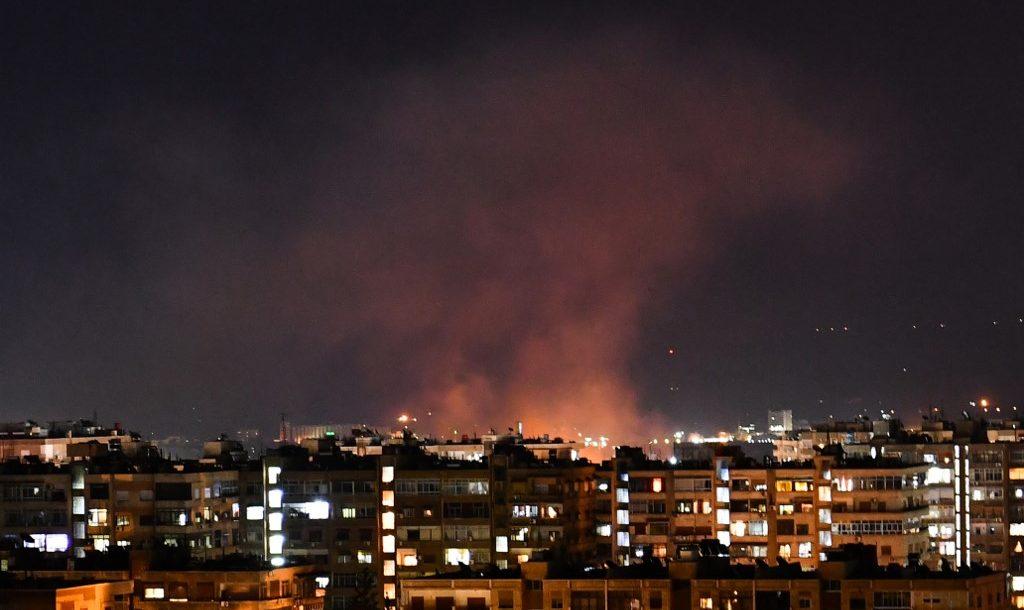 İsrail'den Hamas'a ait noktalara bombardıman saldırı!