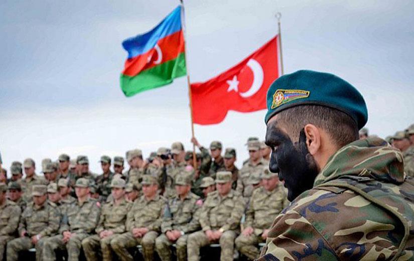 Azerbaycan, ülkede Türk üslerinin kurulacağına dair söylentileri yalanladı!