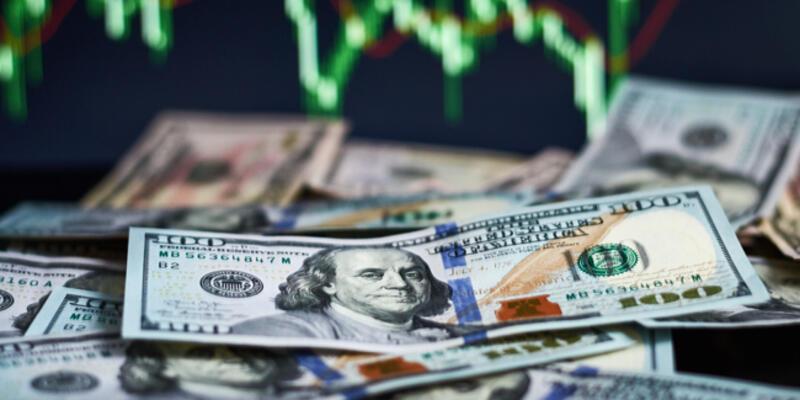 Dolar 7.78 seviyesine yükseldi: Faiz beklentisi güçleniyor!