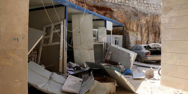 Rejim güçleri Halep'te bir hastaneyi vurdu: 5 ölü, 11 yaralı!