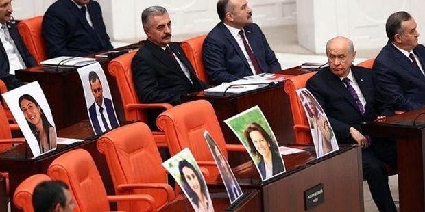 Demirtaş dahil 687 HDP'liye siyaset yasağı talebi!