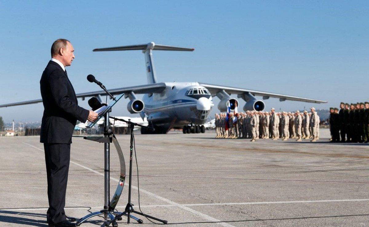 Rusya, Suriye'deki hava üssüne nükleer bombardıman uçaklarını yerleştirecek!