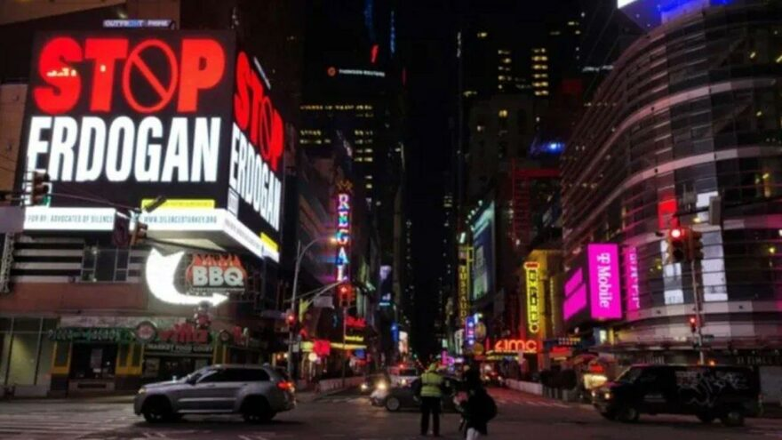 Türkiye'den New York'taki 'Stop Erdogan' ilanına soruşturma!