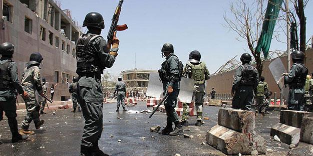 Afganistan'da Taliban saldırısı: 9 asker öldü!