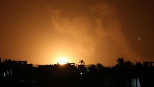 Suriye-Irak sınırındaki milislere hava saldırısı!