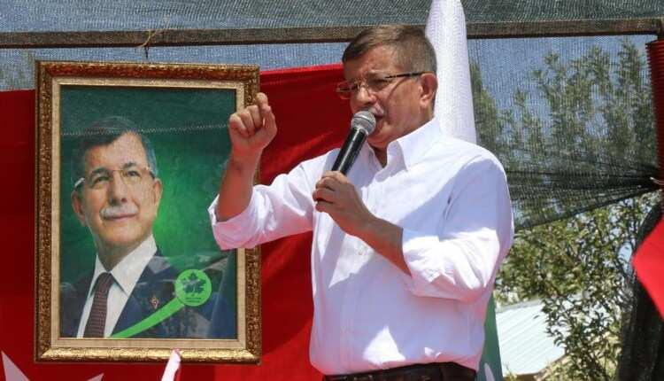 """Davutoğlu """"Kürt sorunu"""" ve Kürtçe için atacakları adımları açıkladı!"""