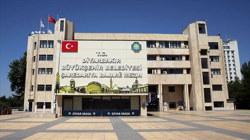 Soylu, Diyarbakır'daki atamalara ilişkin sorulara 6 ay sonra yanıt verdi!