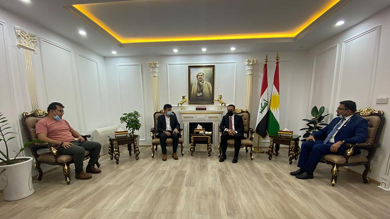 Erbil Valisi Mersin'de ırkçı saldırıya uğrayan Kürt aileyle görüştü!