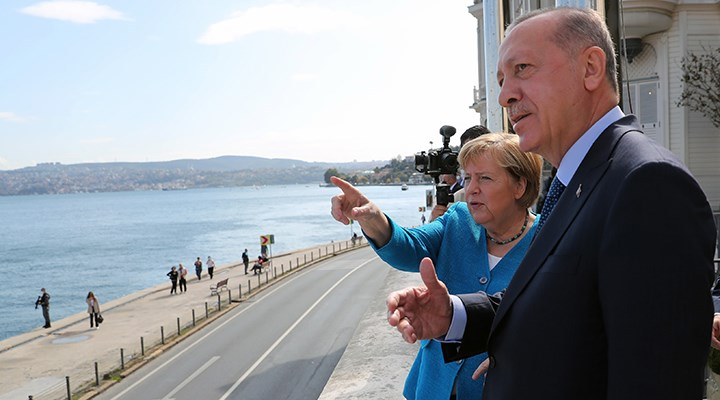Erdoğan ve Merkel bir araya geldi